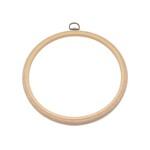 Tamborek jest często używanym narzędzie do haftu. Posiadamy tamborki bambusowe i plastikowe.