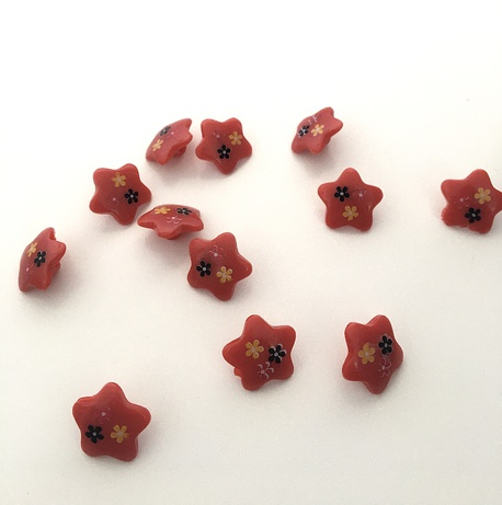 Guzik dziecięcy czerwona gwiazda 23mm (1)