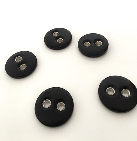 Guzik plastikowy czarny BR470 33mm (1)