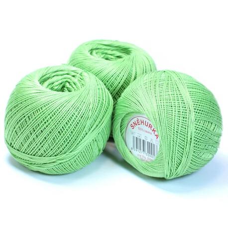 Kordonek do szydełkowania w kolorze jasnym zielonym Snehurka