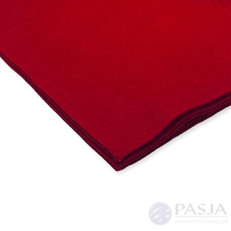 Dekoracyjny filc w arkuszu w odcieniu rubinowym