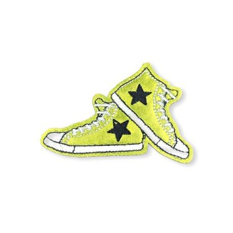 Aplikacja świecąca buty z gwiazdką na ubranie czy plecak
