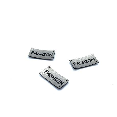 Naszywka skórzana - napis Fashion - do naszycia do dowolnej odzieży.