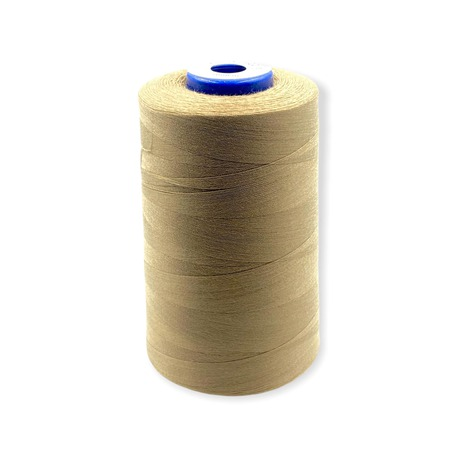 Nici overlockove Viga 120 marki Ariadna. Doskonałe nici odzieżowe do szycia w kolorze beżowym.