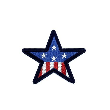 Naszywka termoprzylepna w kształcie gwiazdy do naprasowania na ubranie.