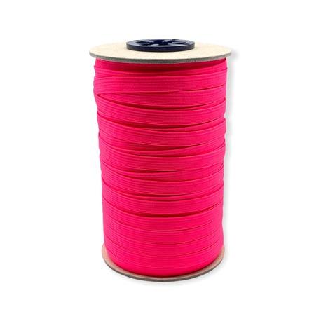 Guma pleciona, obszywkowa w kolorze różowym fluorescencyjnym, wykorzystywana często w bieliźnie.