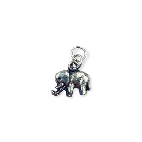 Zawieszka ozdobna we wzór srebrnego słonika.