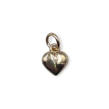 Złote serce - świetna zawieszka ozdobna do wisiorków.